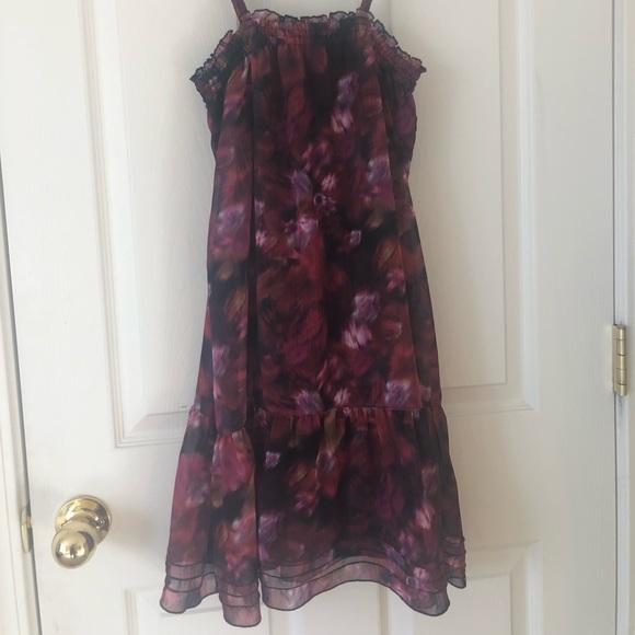 Volcom Dresses & Skirts - Volcom Floral print dress. Size Medium.